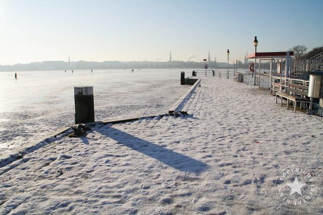 Alster gefroren Winter 2010 leckereKekse