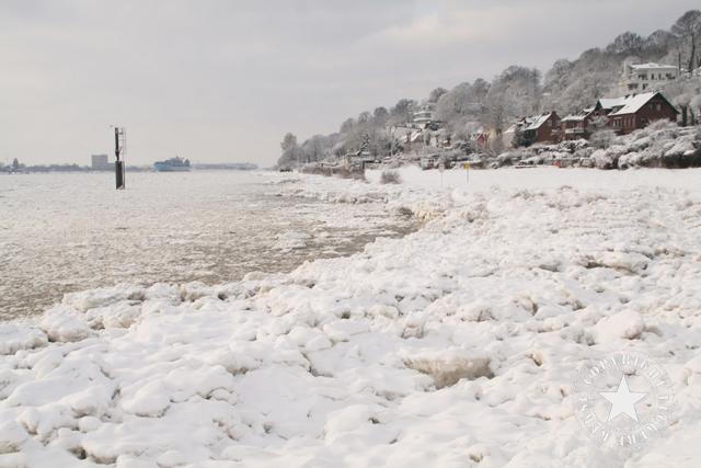 Elbe Hamburg gefroren Eis Leckerekekse-blog