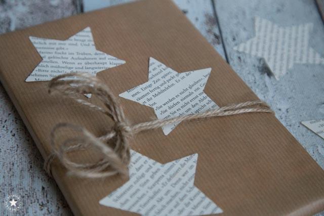 Geschenk mit Buchsternen