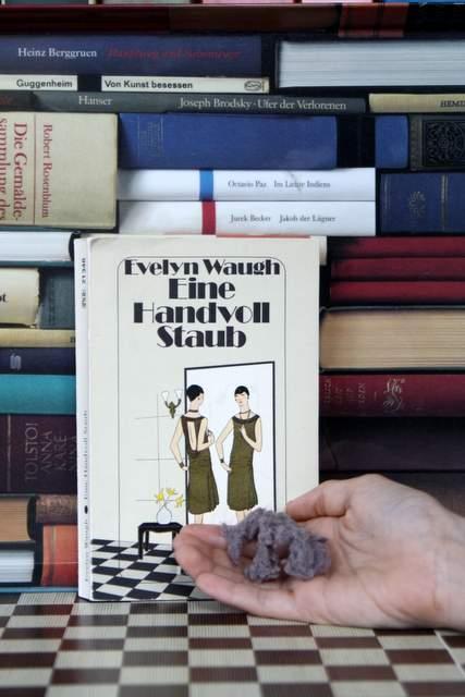 Eine handvoll Staub Evelyn Waugh Diogenes