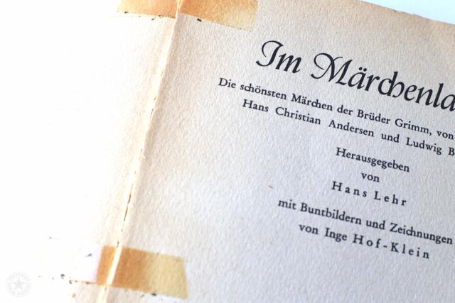 Buch - Titel - geklebt