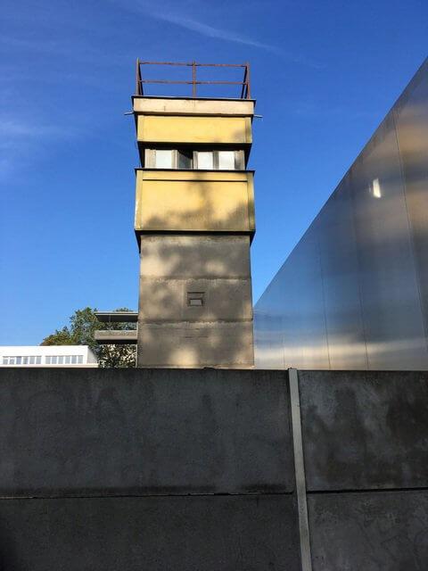 Wachturm Gedänkstätte Berliner Mauer