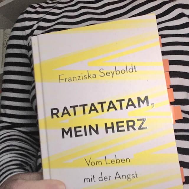 Buch über Angststörung