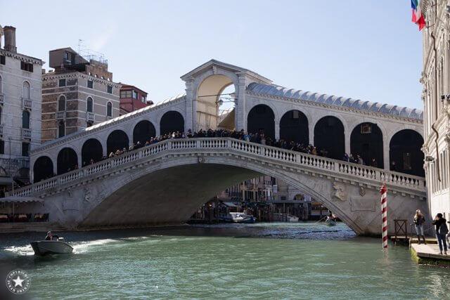 Massen von Touristen in Venedig