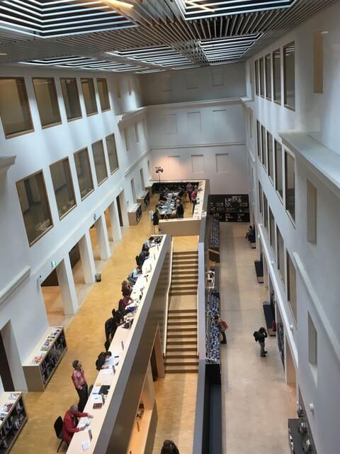 Bibliothek Bonn im Haus der Bildung