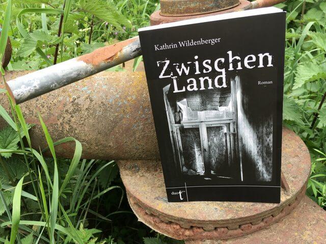 Kathrin Wildenberger: Zwischenland, Interview und Rezension