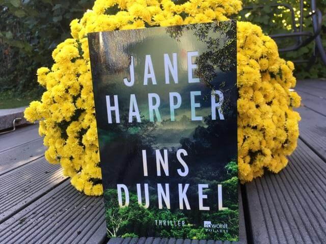 Jane Harper: Ins Dunkel, Kurzrezension