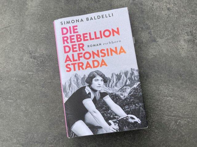 Cover Buch: Die Rebellion der Alfonsina Strada von Simon Baldelli